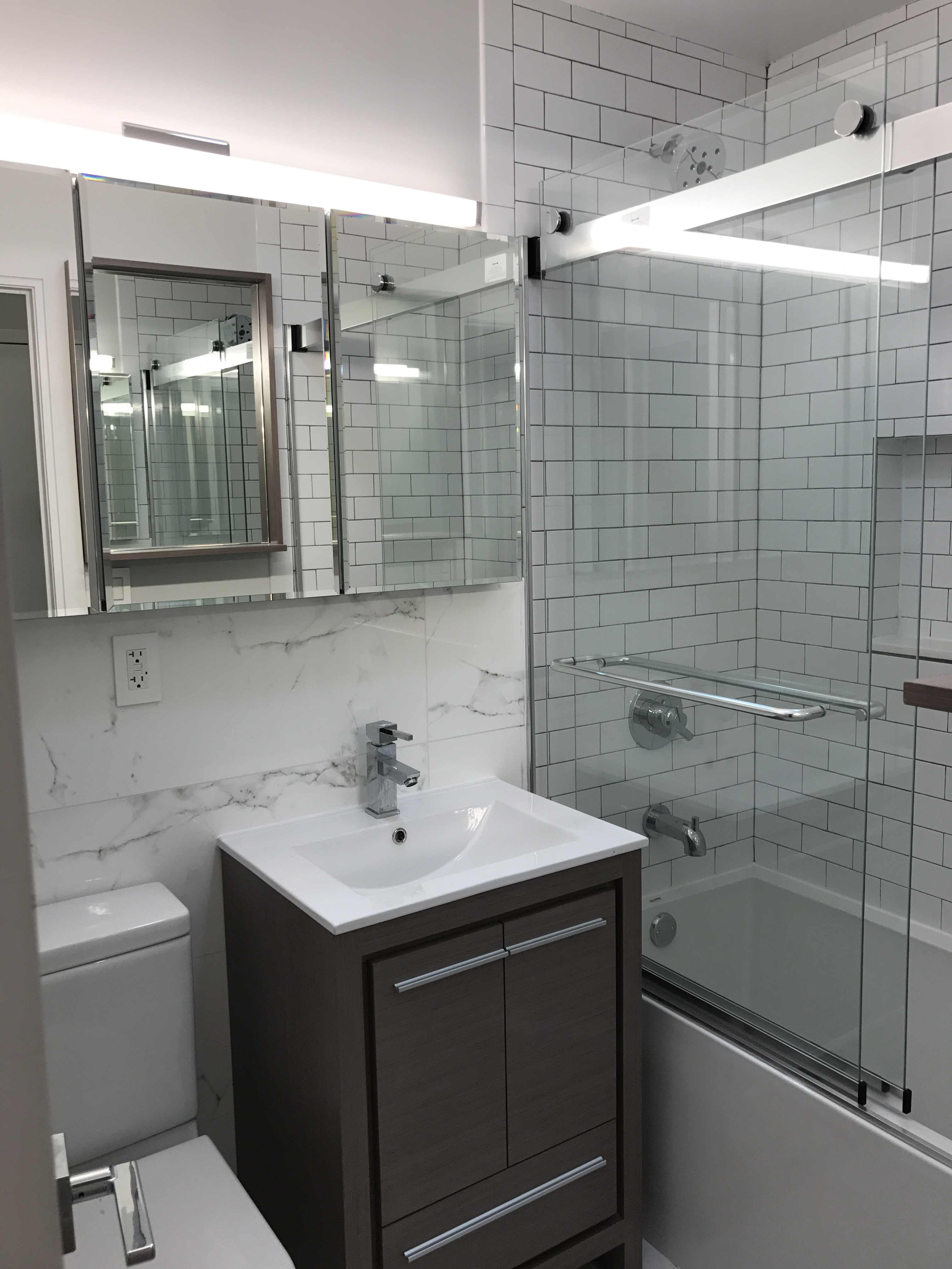 216-218 East 84th St, 3A - Upper East Side, New York