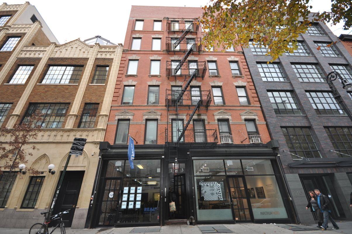 143 Ludlow Street Lower East Side New York NY 10002