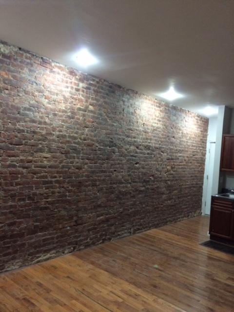 1612 Mermaid Avenue Interior Photo