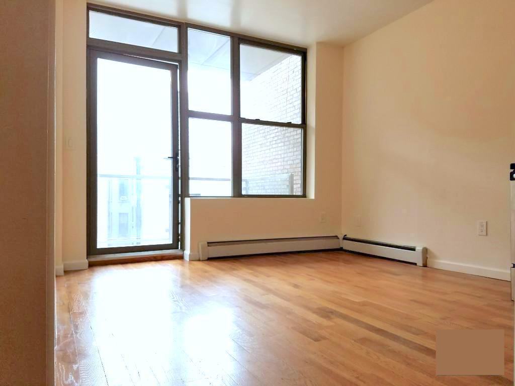 73 Pineapple Street, Apt 4R, Brooklyn, New York 11201