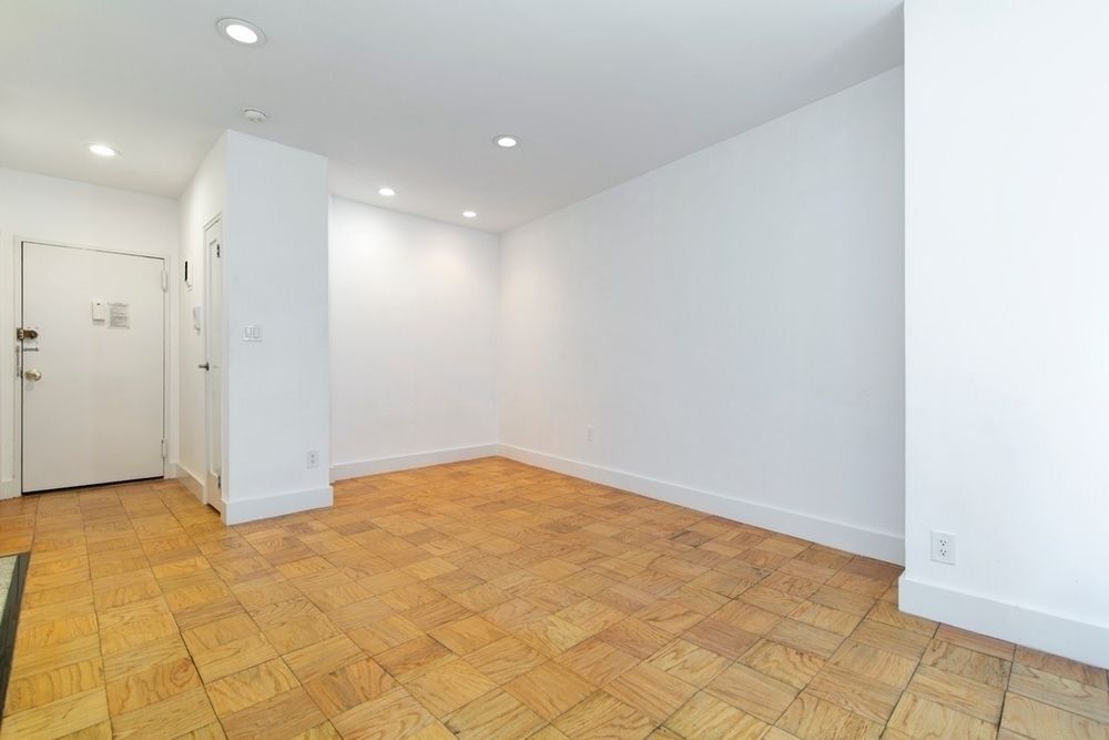 207-215 East 37th Street 4Z Murray Hill New York NY 10016