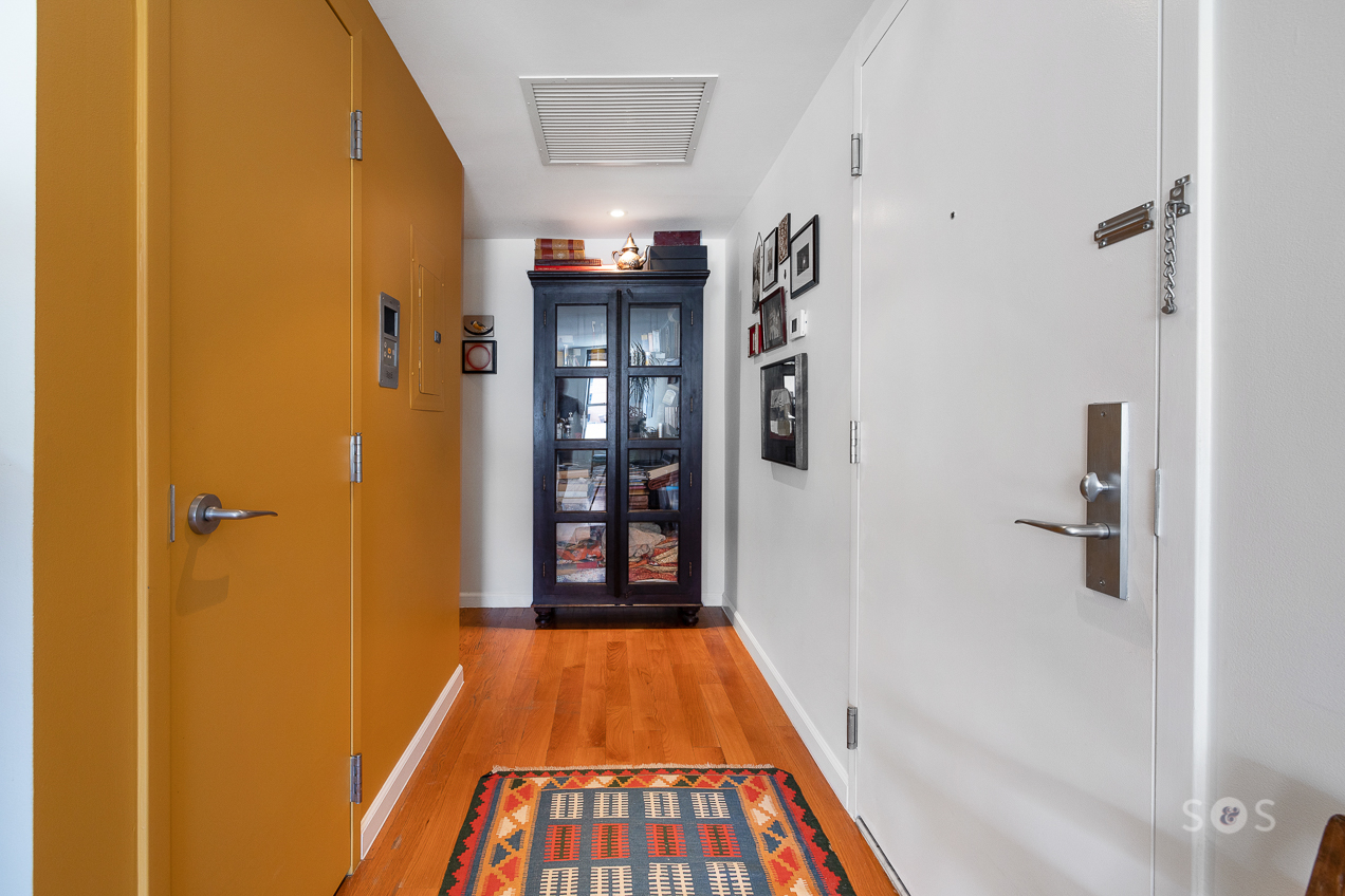 20 Broadway Williamsburg Brooklyn NY 11221