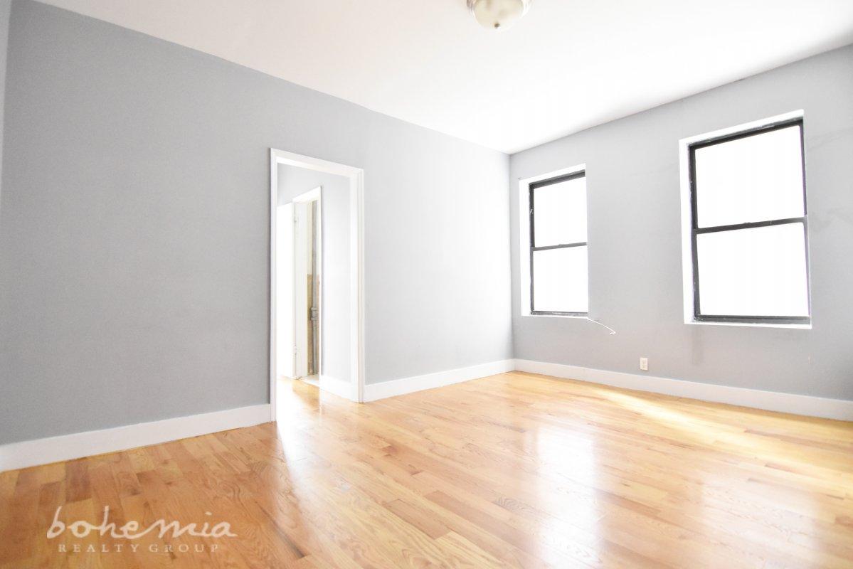 3138 Bailey Avenue Interior Photo