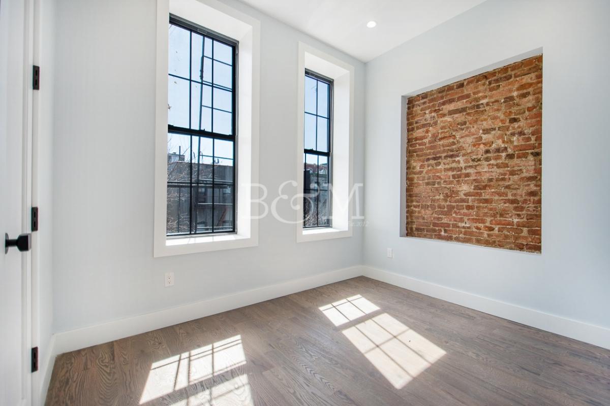 364 Palmetto Street, Apt 3R, Brooklyn, New York 11237