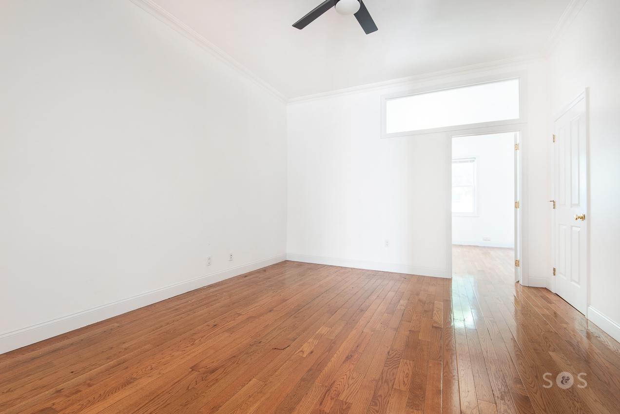 166 Meserole Avenue Greenpoint Brooklyn NY 11222