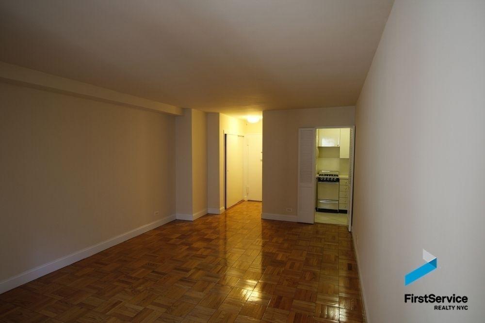 250 East 73rd Street