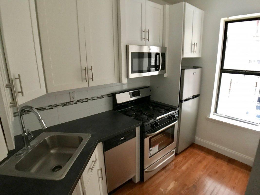 149 Edgecombe Avenue, Apt A2, Manhattan, New York 10030