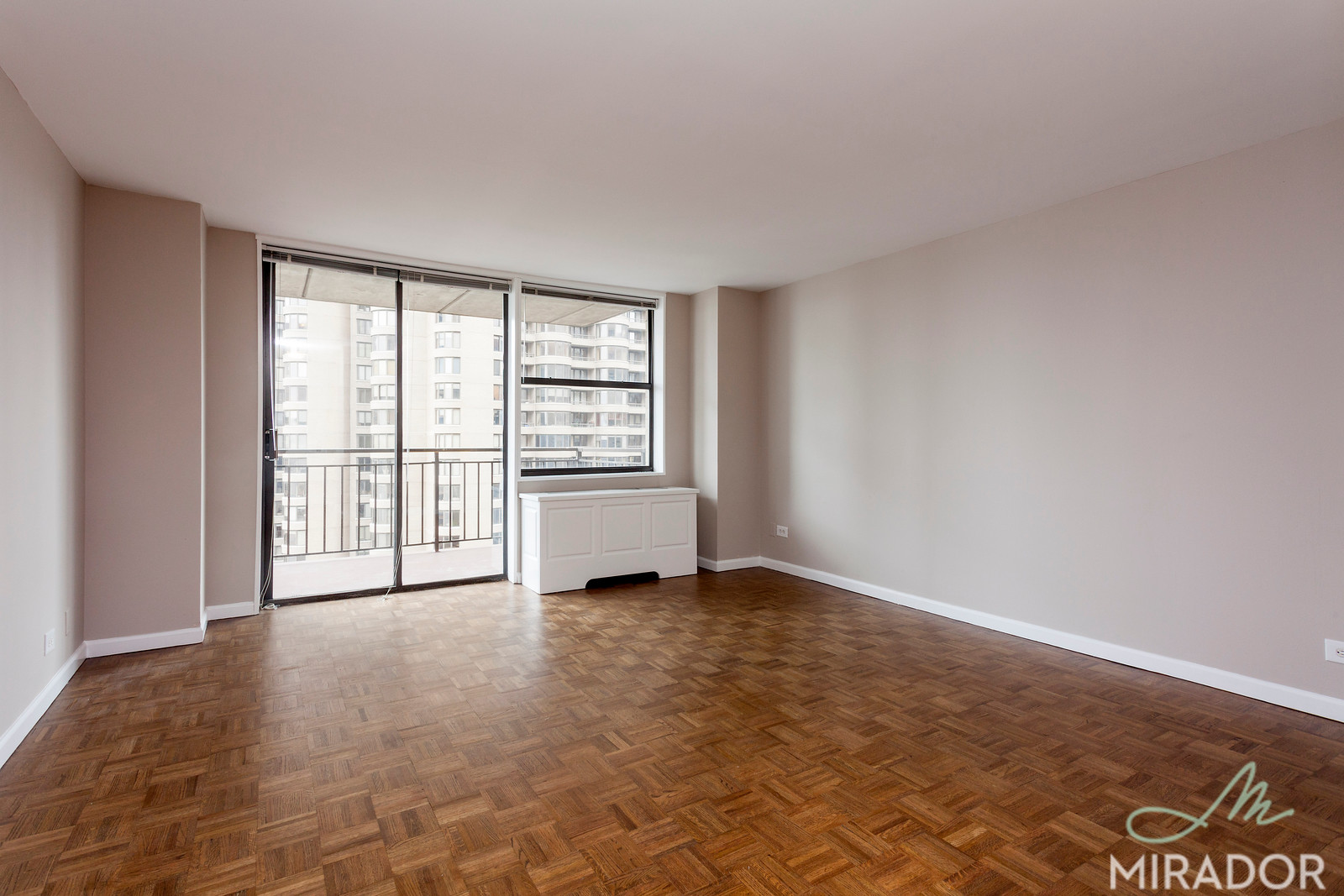 330 East 39th Street, Apt 33R, Manhattan, New York 10016