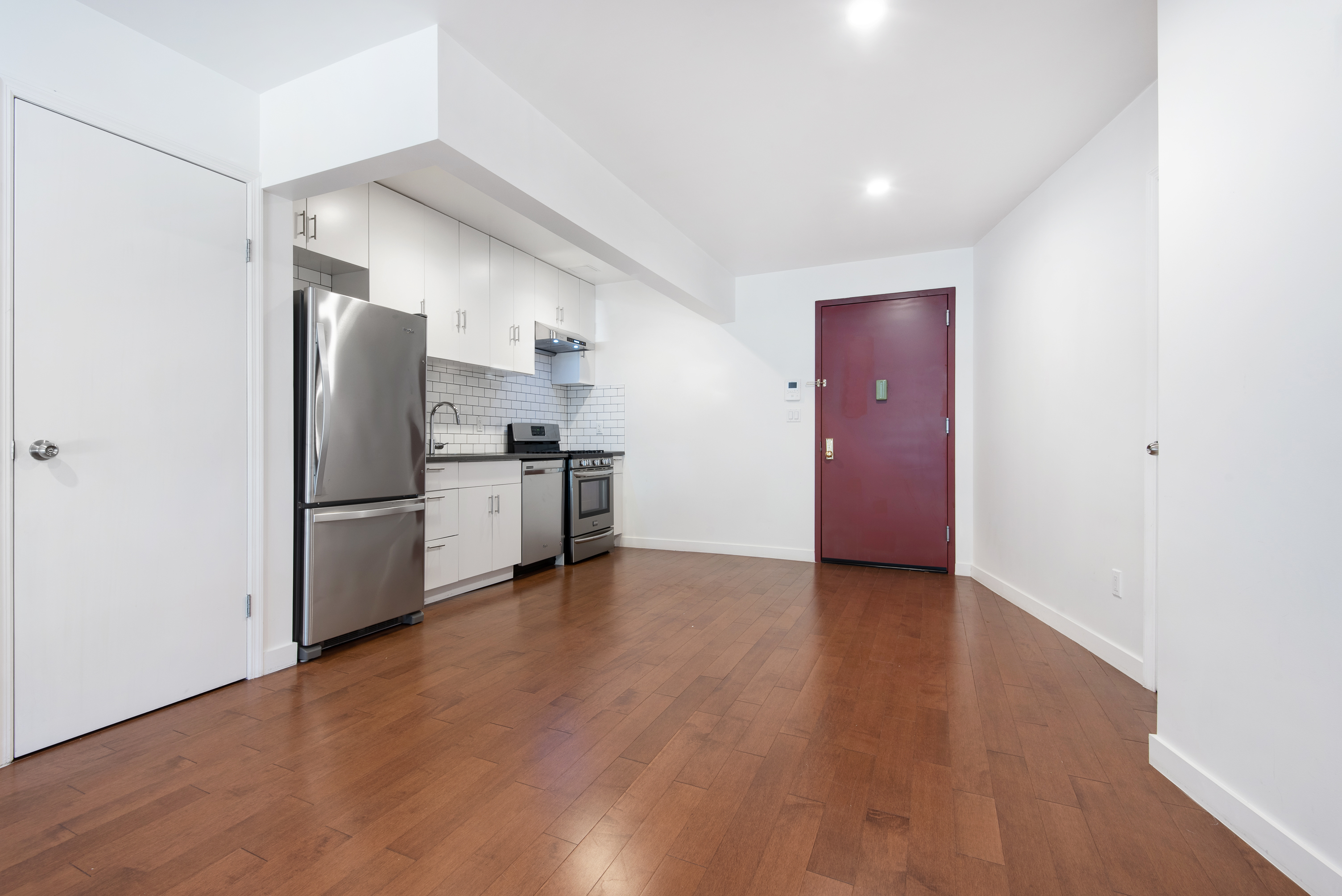 252 Broadway Williamsburg Brooklyn NY 11211