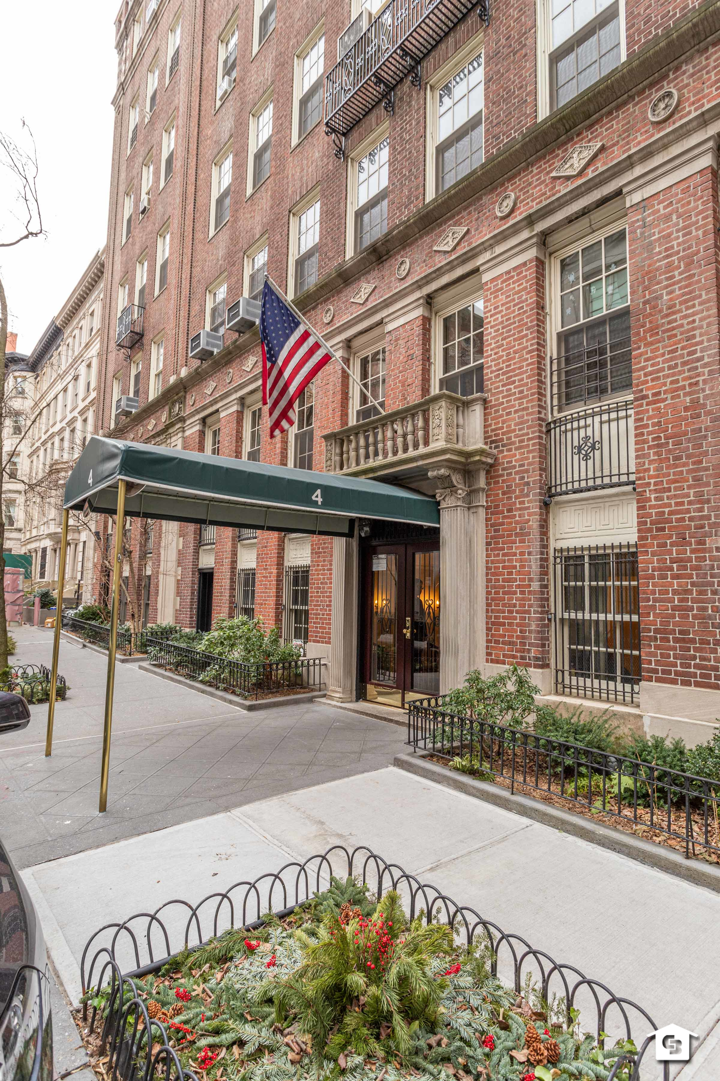 4 East 95th Street Carnegie Hill New York NY 10128