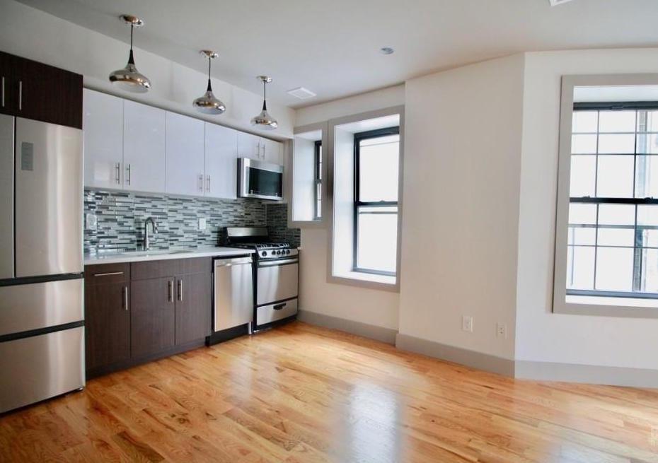292 Bedford Avenue, Apt 2A, Brooklyn, New York 11249