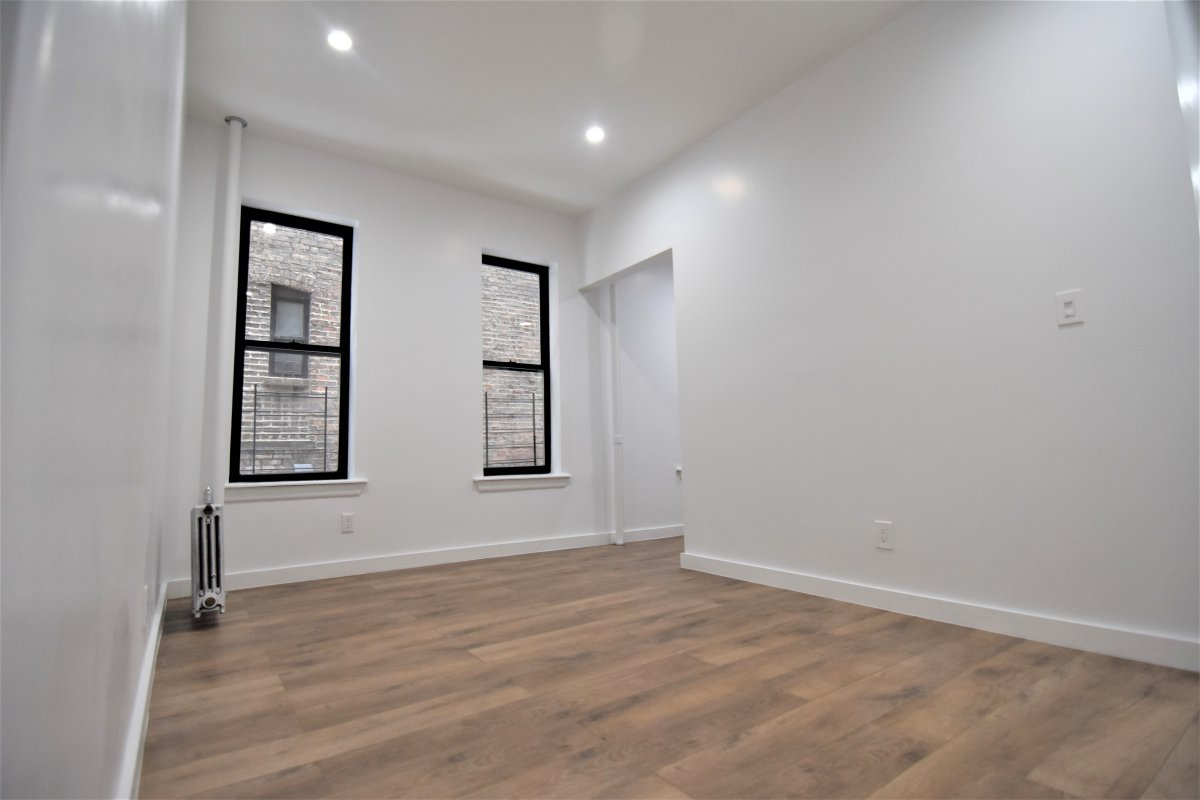 527 West 160th Street Washington Heights New York NY 10032