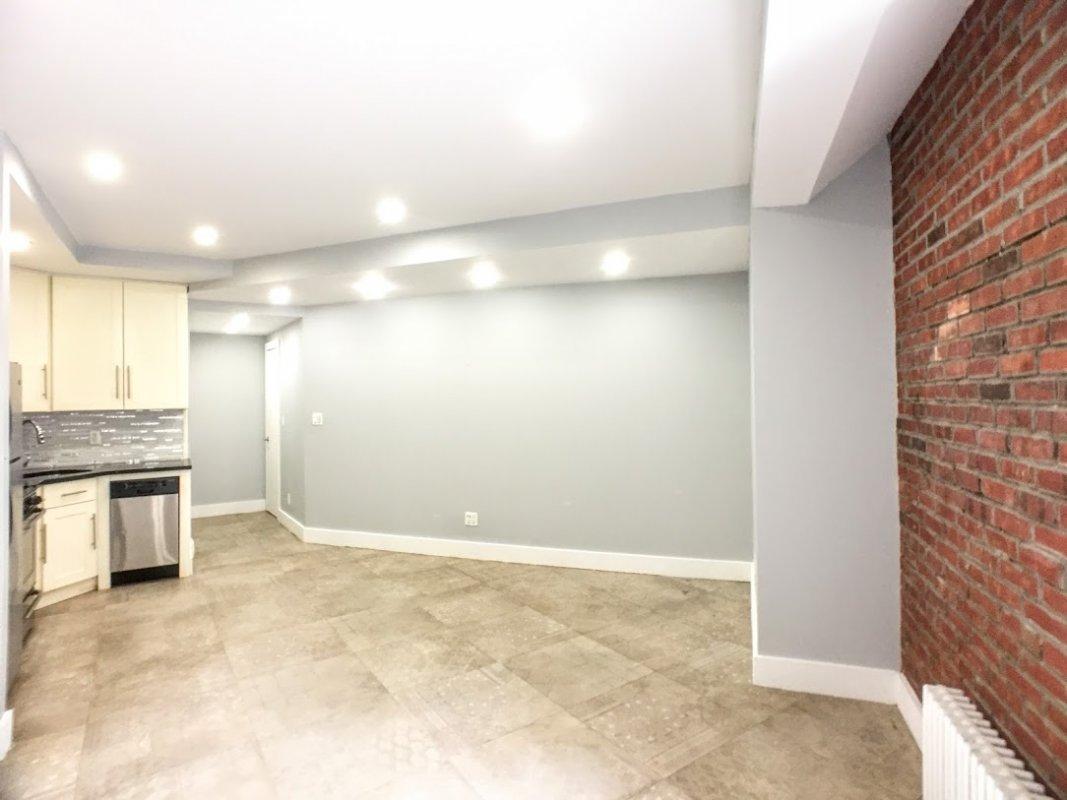 25 Fort Washington Avenue Interior Photo