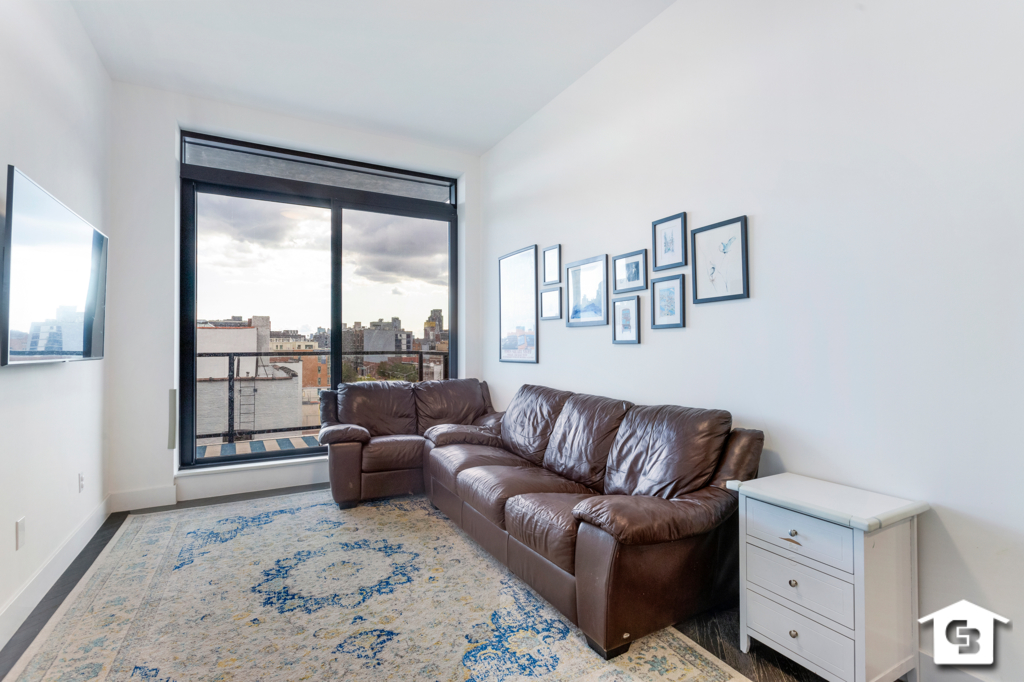 Apartment for sale at 11-12 44th Drive, Apt 5E