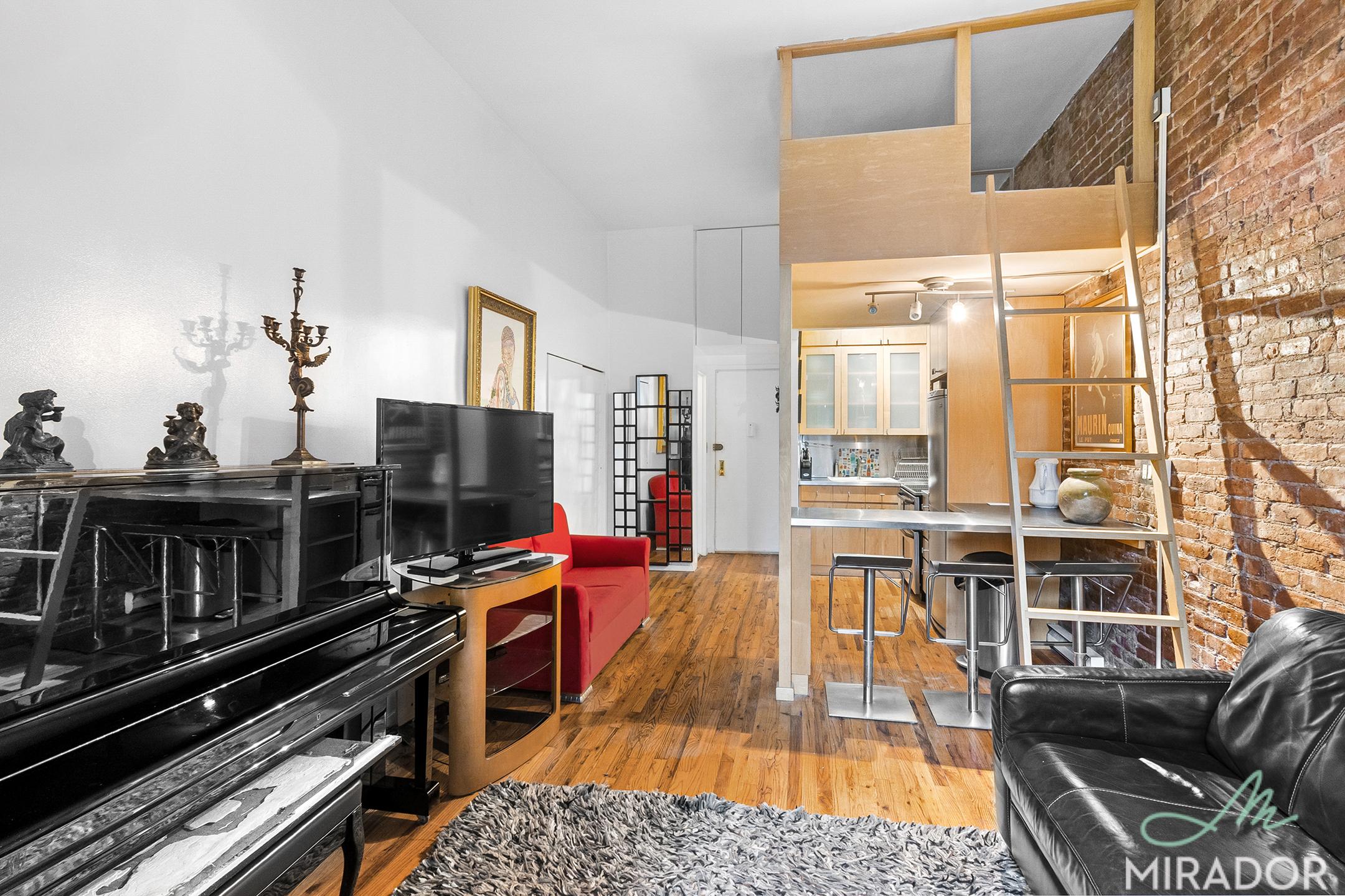223 West 14th Street Chelsea New York NY 10011