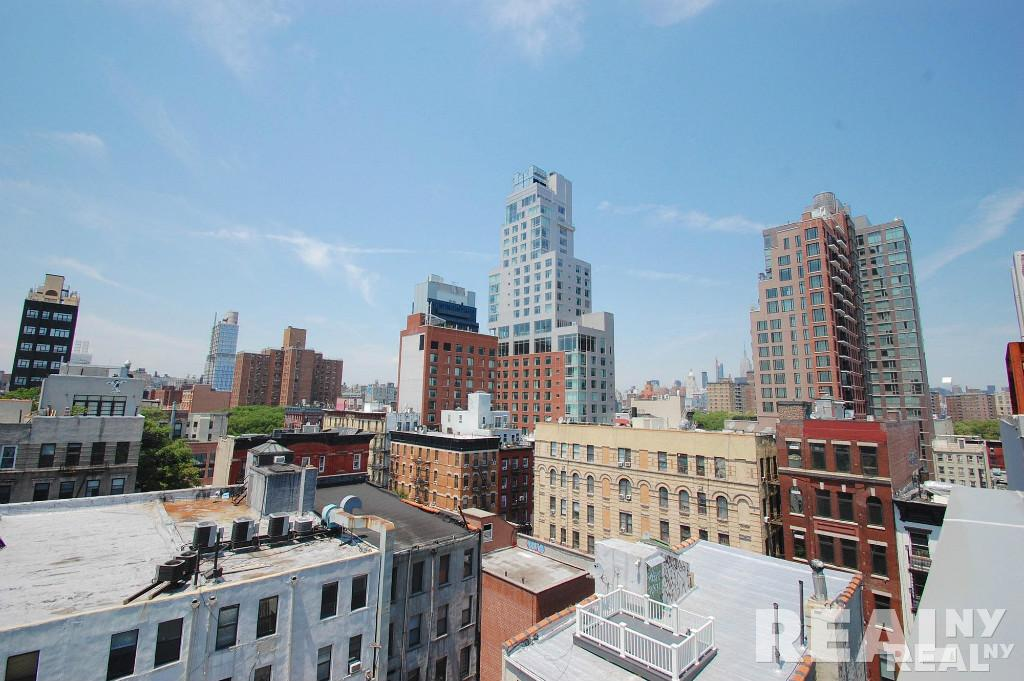 113 stanton st new york ny 10002 apartable for 11 east broadway 13th floor new york ny 10038