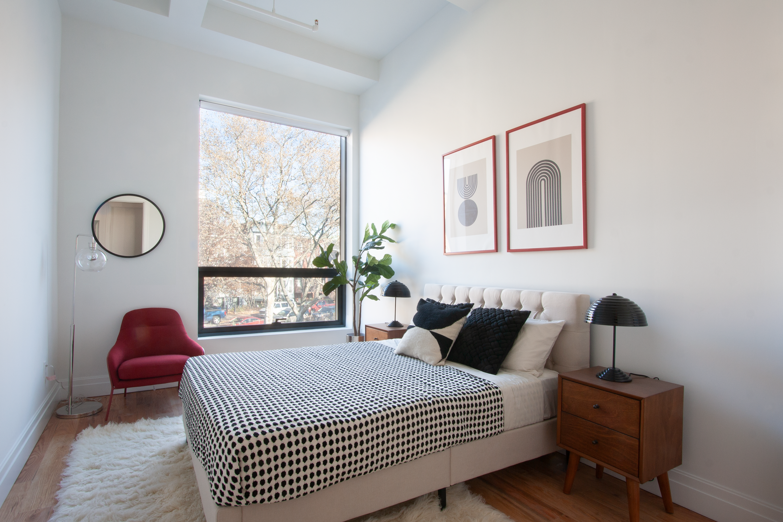 850 Metropolitan Avenue 3C East Williamsburg Brooklyn NY 11211