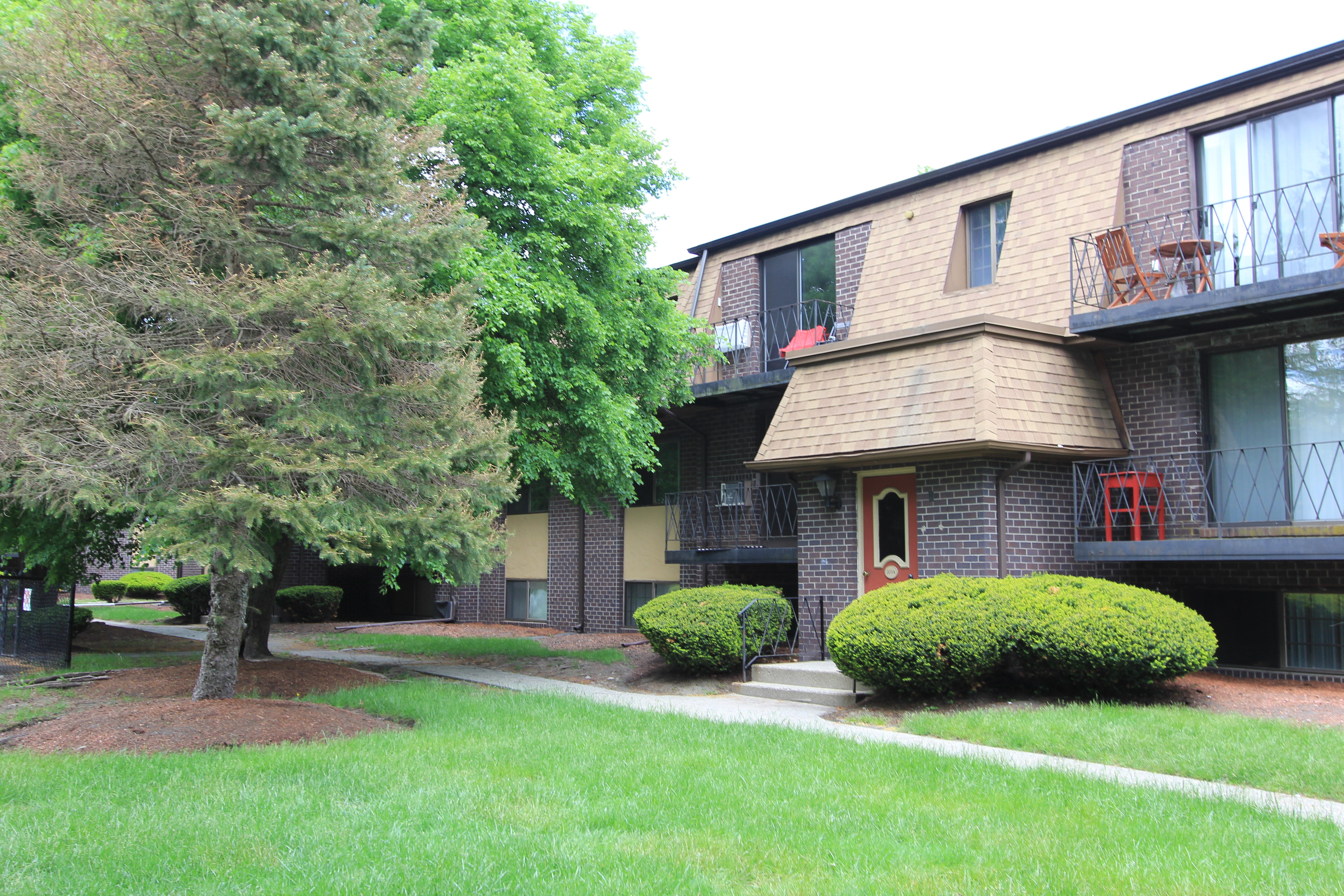 Taunton 2 bedroom rental at 203 207 winthrop st taunton - 2 bedroom apartments in taunton ma ...