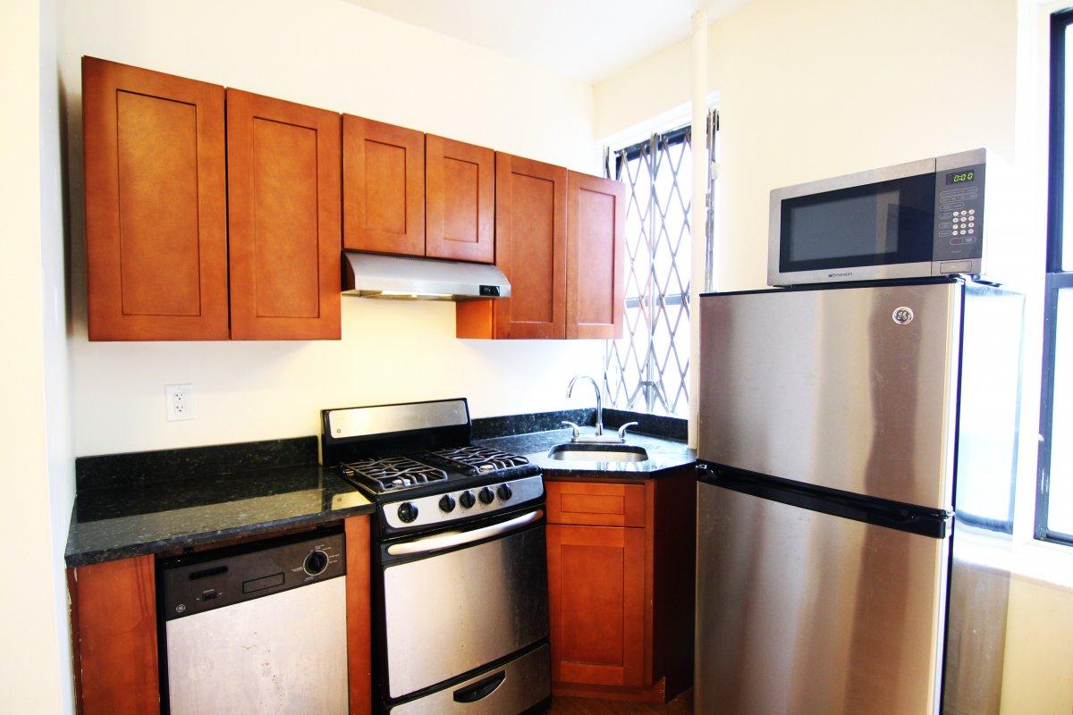 562 W 174th Street, Apt 24, Manhattan, New York 10033