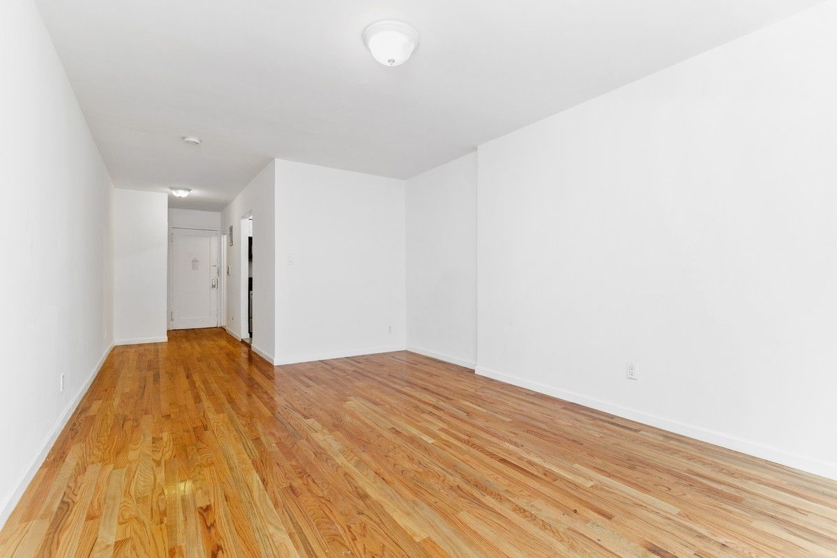 329 West 14th Street Chelsea New York NY 10014