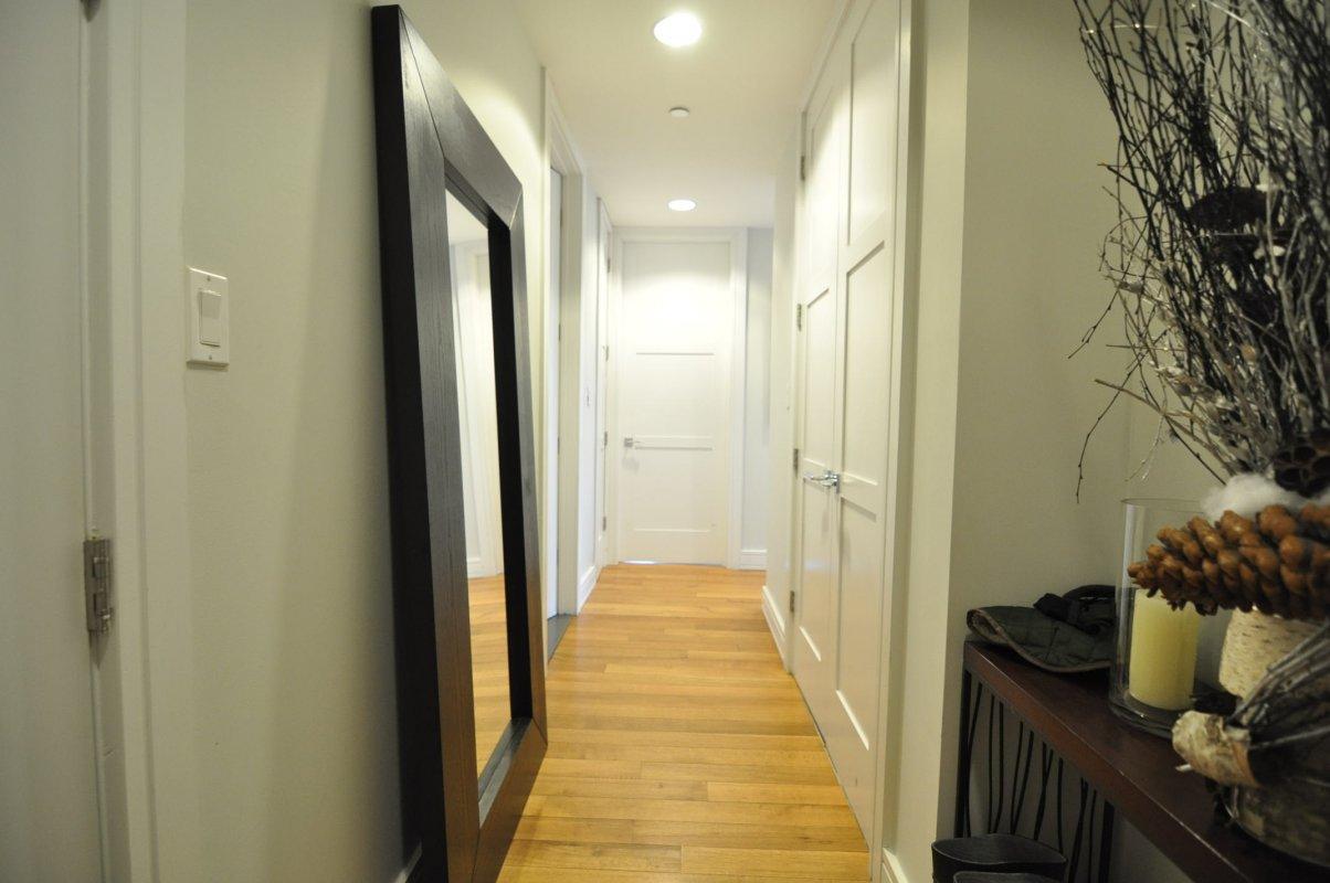 527 Lincoln Place Interior Photo