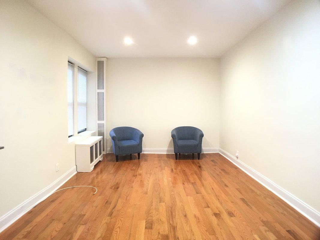 213 Bennett Avenue, Apt 1L, Manhattan, New York 10040